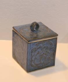 box-side-profile1